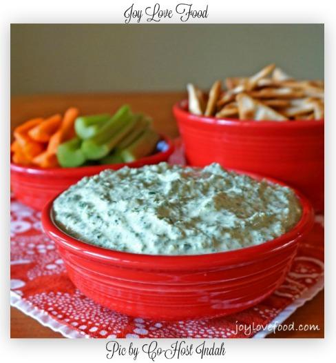 Kale-and-Artichoke-Greek-Yogurt-Dip