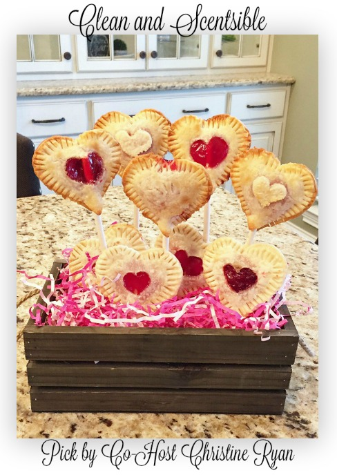 Valentines-Day-Pie-Pops