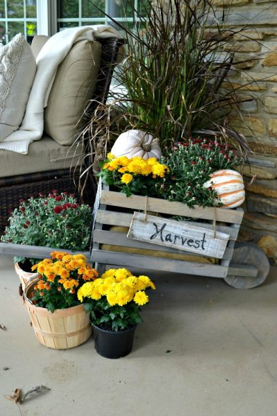 DIY-Rustic-Wheelbarrow-Chatfield-Court