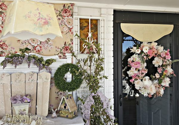 Penny's Treasures Spring Wreath and Porch